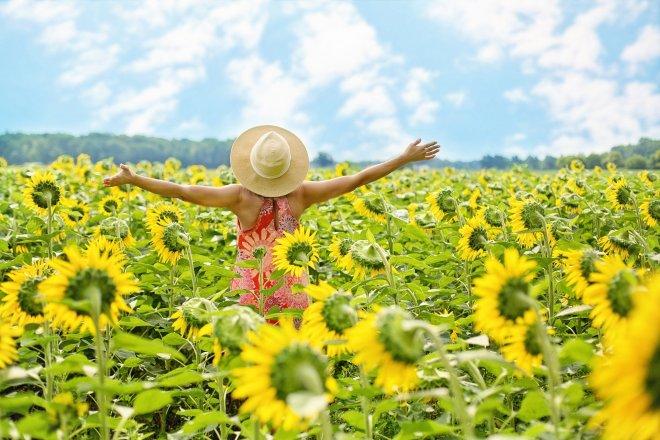 flowers sky woman joy
